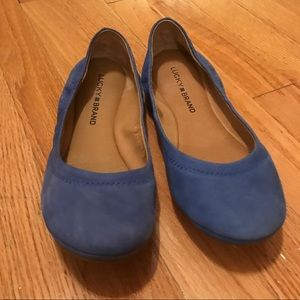 Women's Lucky Blue Flat Shoes 🥿 Size 7.5